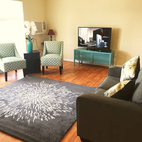 Cozy Aprt/ Stockton Ca Mins to Lodi - Stockton - Apartment