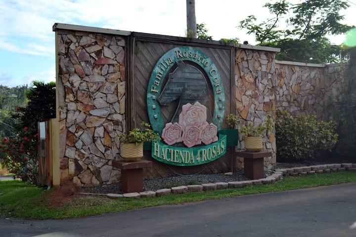 Hacienda 4 Rosas