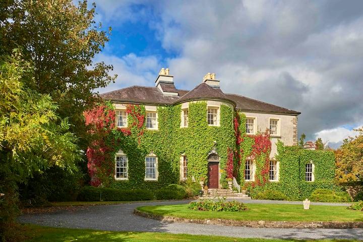 Lisdonagh House