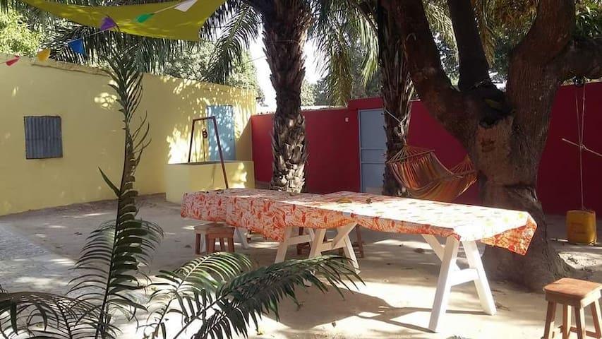Chambres avec sdb - maison calme dans le centre
