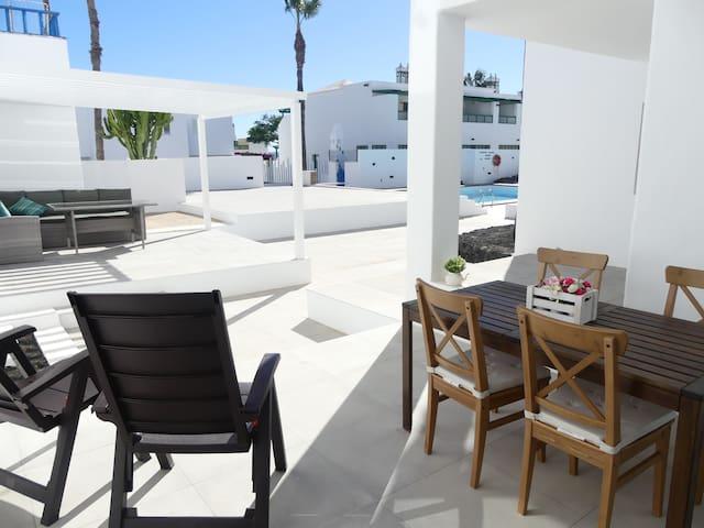 Amplio y luminoso apartamento en Costa Teguise.