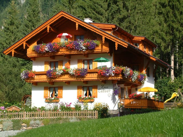 Unser Tirolerhaus