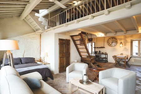La Suite del Borgo casa vacanze - Suite Argento