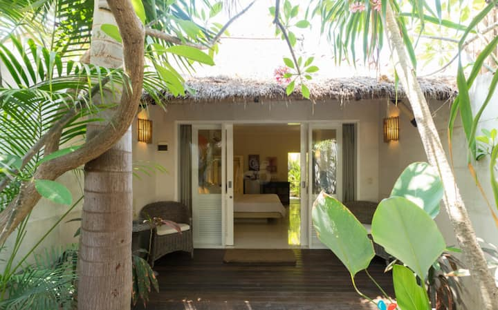 Mango Retreat Room at Scallywags Resort Gili Air
