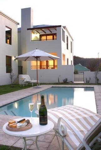Franschhoek Accomadation - Luxury apartment - Franschhoek - Flat