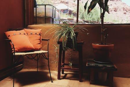 Rustic artisan studio in Abiquiu