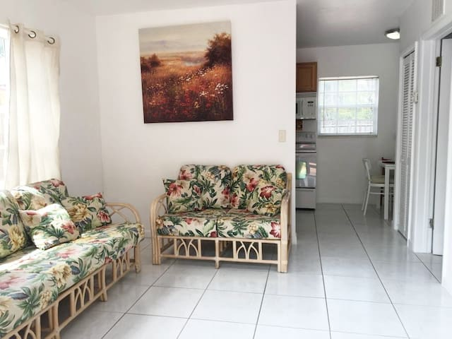 Pleasant comfortable house in Tarpon River
