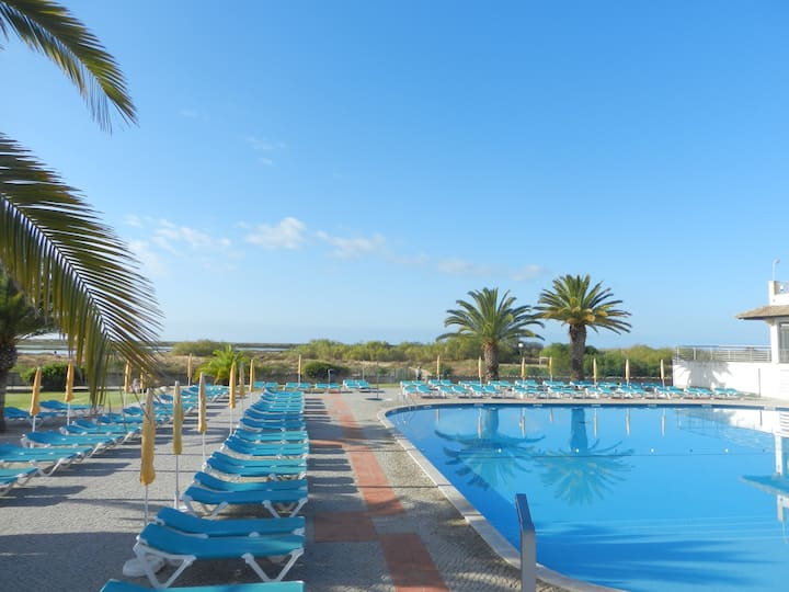 Golden Club Village A, 2 pers. piscine, plage