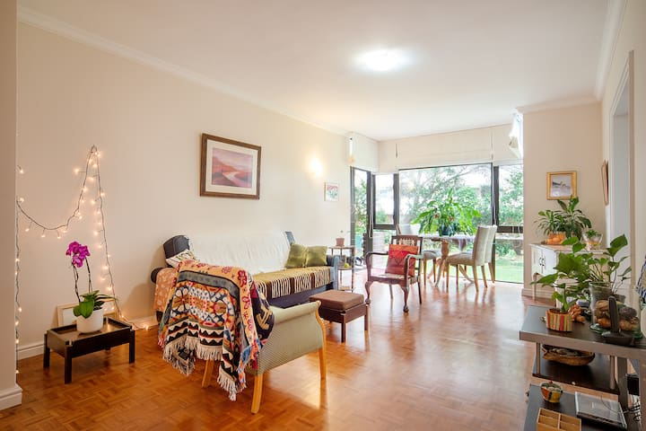 Private room in a leafy setting - Cape Town - Apartment