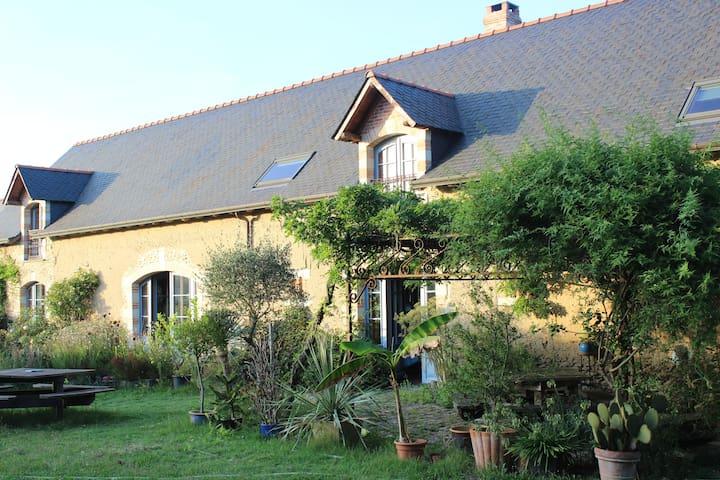 Chambres privées en maison écologique, prox Angers