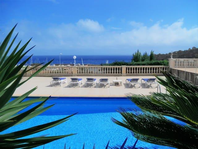 Gaiasvillas Villa La Cigale pool, 50 mt from beach