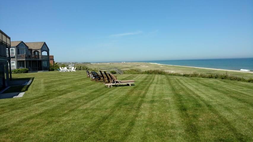 Whales Watch - Luxury Beachfront Estate