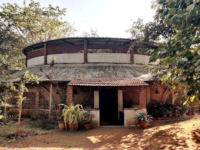 Dev Thota - Huge Farm Stay