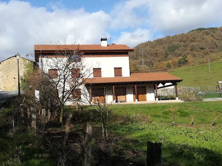 Casa con jardín en Eltso (Ultzama)