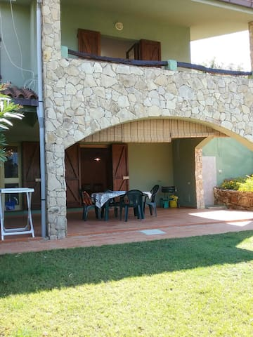 Villa Verde a 300 Mt dalla spiaggia - Chia - Apartamento