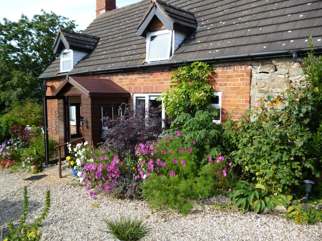 Bank Farm House - Chirbury - Bed & Breakfast