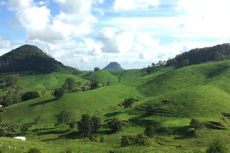 Rosecliffe Tree Tops - Nature Retreat & Farm Stay