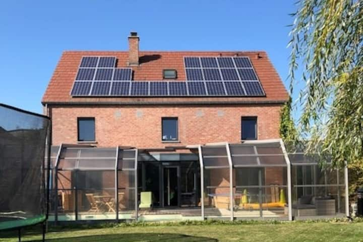 Villa lumineuse avec PISCINE chauffée