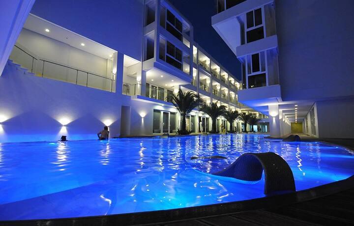 Luxury Boracay Front Beach Accommodation Station3