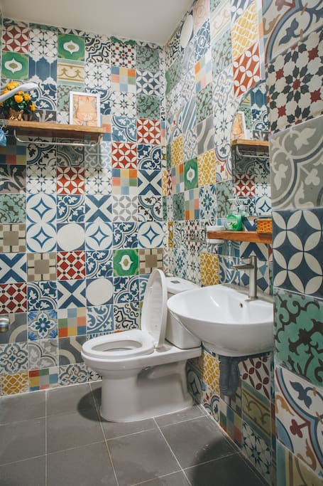 CoCo 1 - private toilet/bathroom