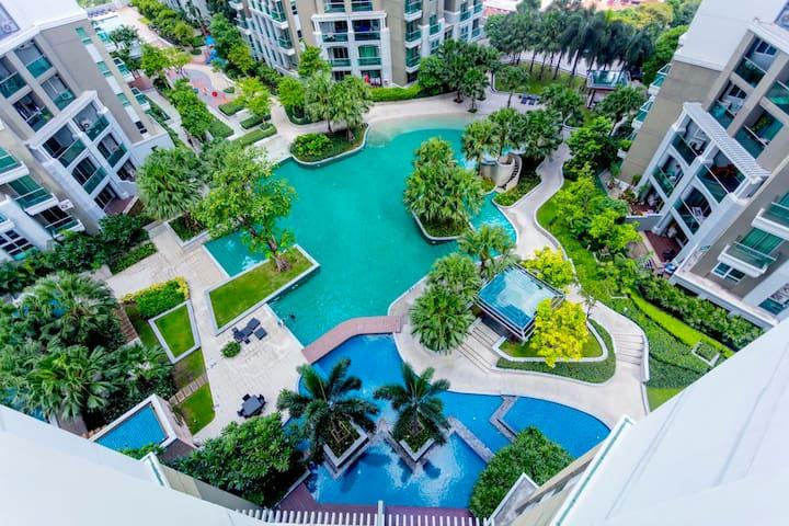 NewCBD/2BRs/pool-view Condo/MRT/NightMarket/Plaza