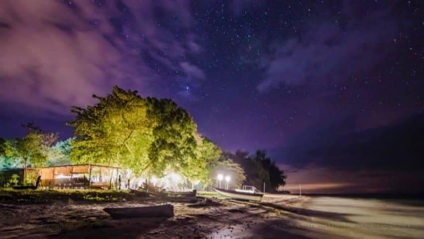 Camp KP, Kuala Penyu Beach, Sabah (Room 1)