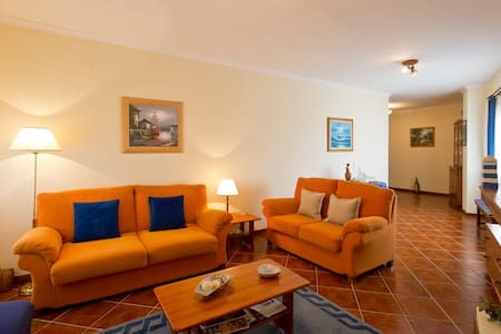 Near Oporto in front of the beach - Labruge - Appartement