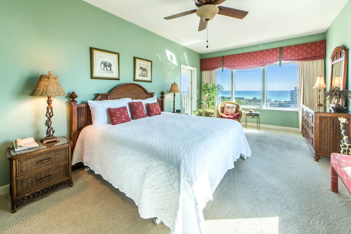 Summit at Tops'l 714-2BR-Apr 7 to 10 $710! Gulf Views- Corner unit- Walk2Beach