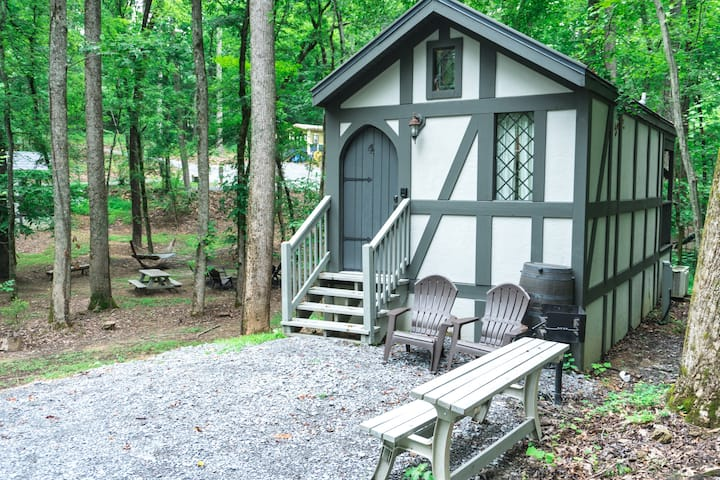 Tiny Home Cottage Near the Smokies #4 Stella