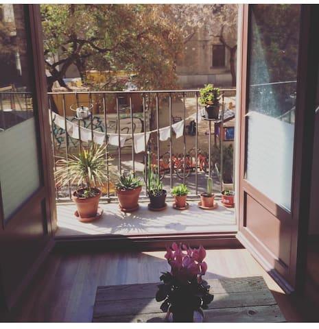 Double room , la rambla y Boqueiria market - Barcelona - Apartamento