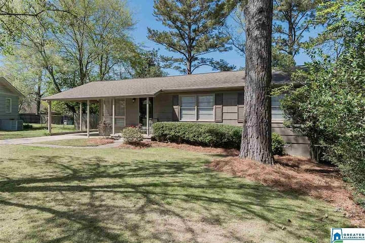 Cahaba Heights - Pet Approved