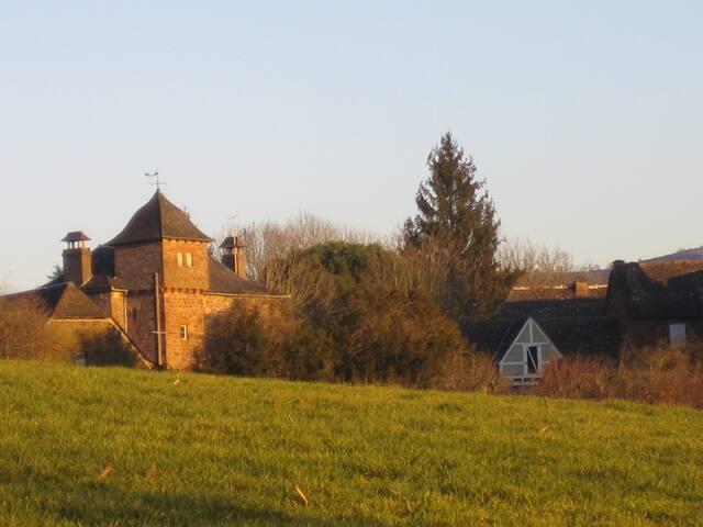 Maison de campagne : Pruines, Aveyron