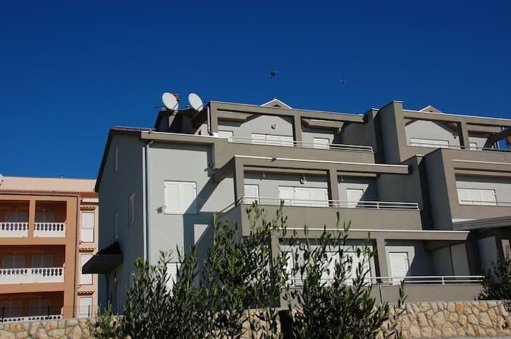 Apartman 2 - Rab - Huis