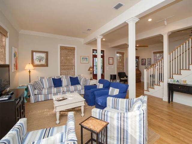 Tupelo Honey - 4BR Home - Seagrove Beach - House
