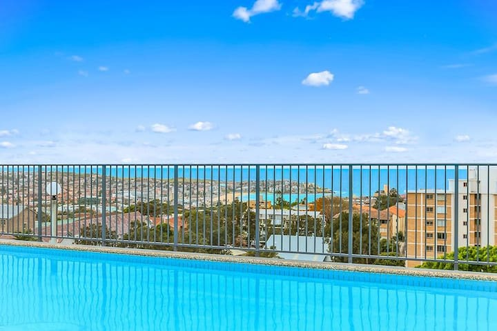 AMAZING! Bondi apartment with Rooftop Pool