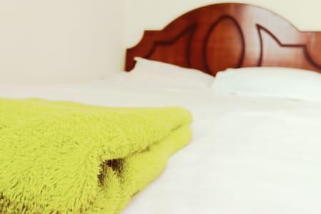 Hilus home stay #Tana room
