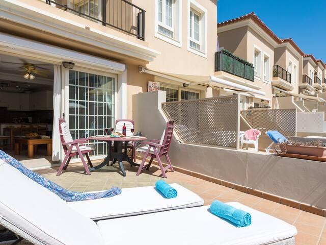 16A FABULOUS EL FARO, Huge Sun Terrace!