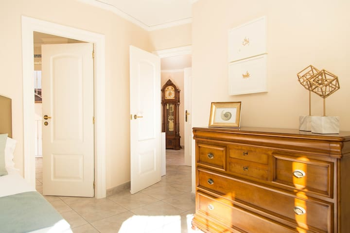 Luxury Cap Blanc Villa (Cullera) Double Bedroom 15
