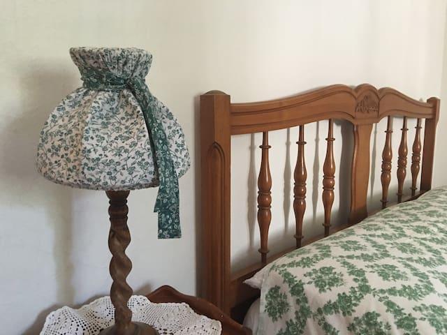 chambre 3 - lit en 140 cm