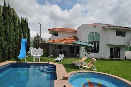 Renta Casa Lomas de Cocoyoc - Oaxtepec - Talo