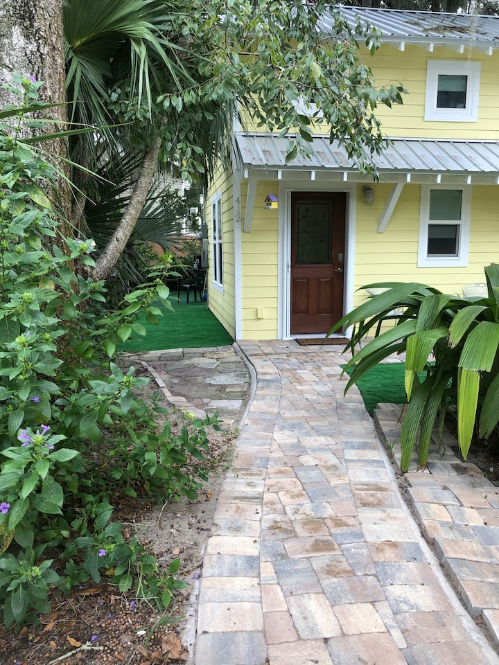 Entire House-The Birdhouse- Downtown Orlando Oasis