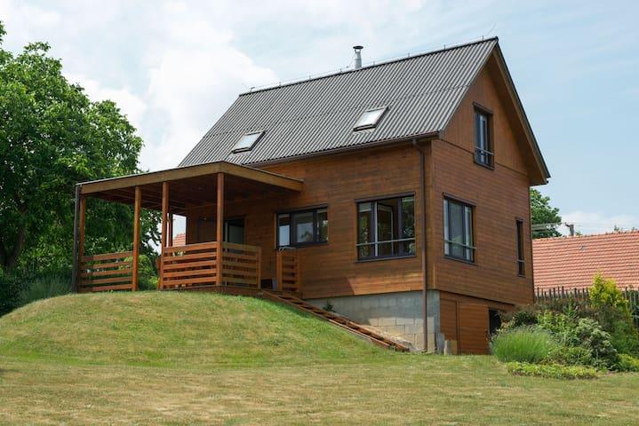 Chata Stříbrná skalice - Loghouse 40mins from prag