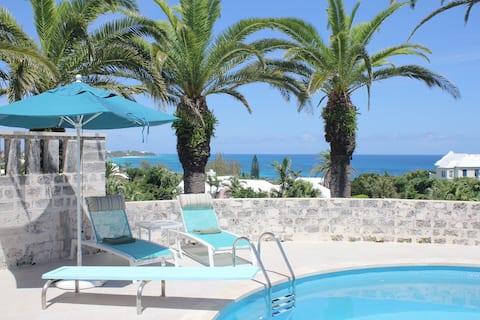 Romantic,Walk to Beach,Pool,Tennis,Mod1 B/Room Apt