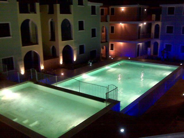 Delizioso appartamento con piscina e idromassaggio