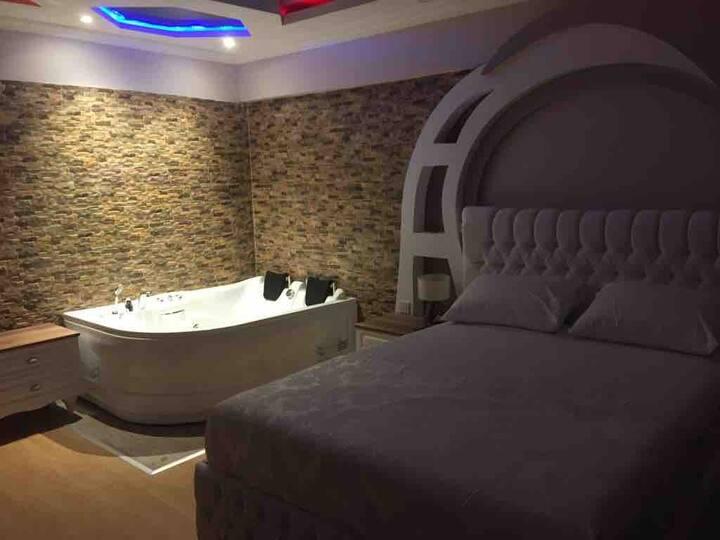Kadıköy merkez özel suit oda