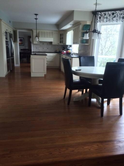Kitchen area and kitchen table