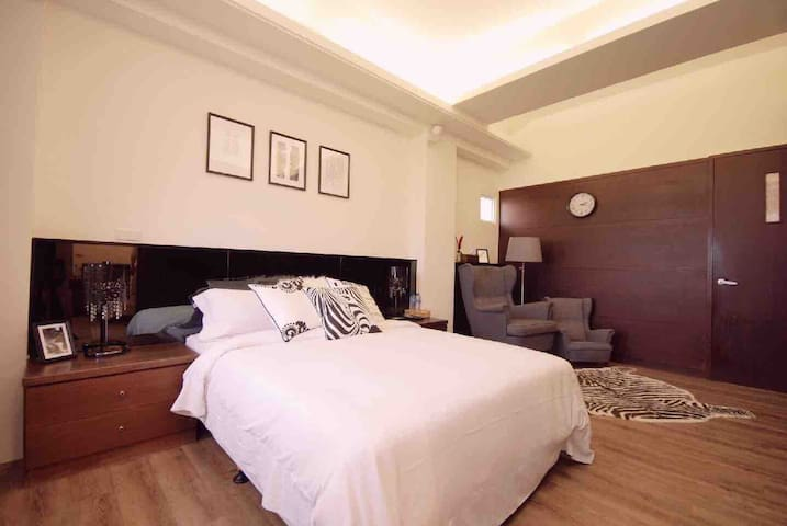 閒雲風亭 Leisure Pavilion House B&B ~ 爵士房 平日特價$3500