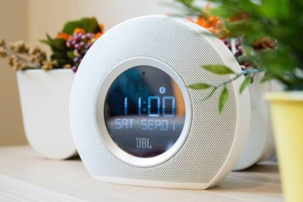 JBL Horizon無線藍芽喇叭/收音機/鬧鐘  JBL Horizon Bluetooth Clock Radio with USB Charging and Ambient Light