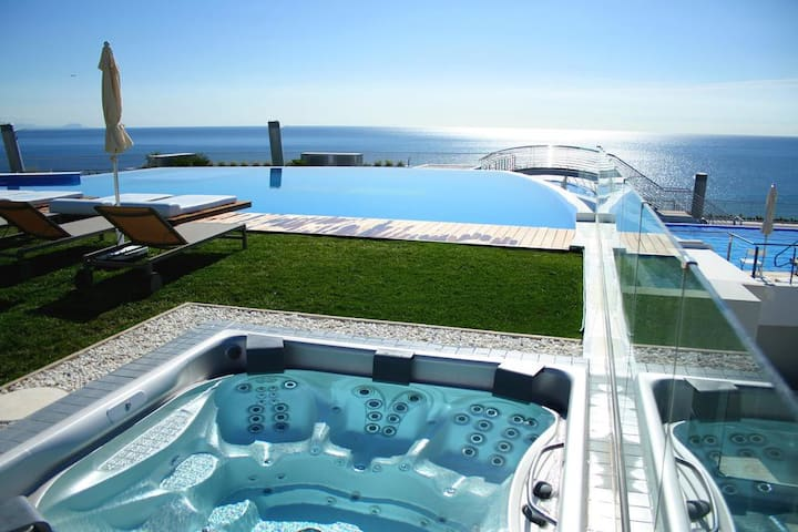 Luxurious Apartment at Infinity View Alicante