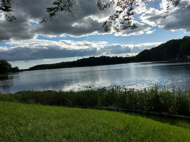 Casual Lake Living